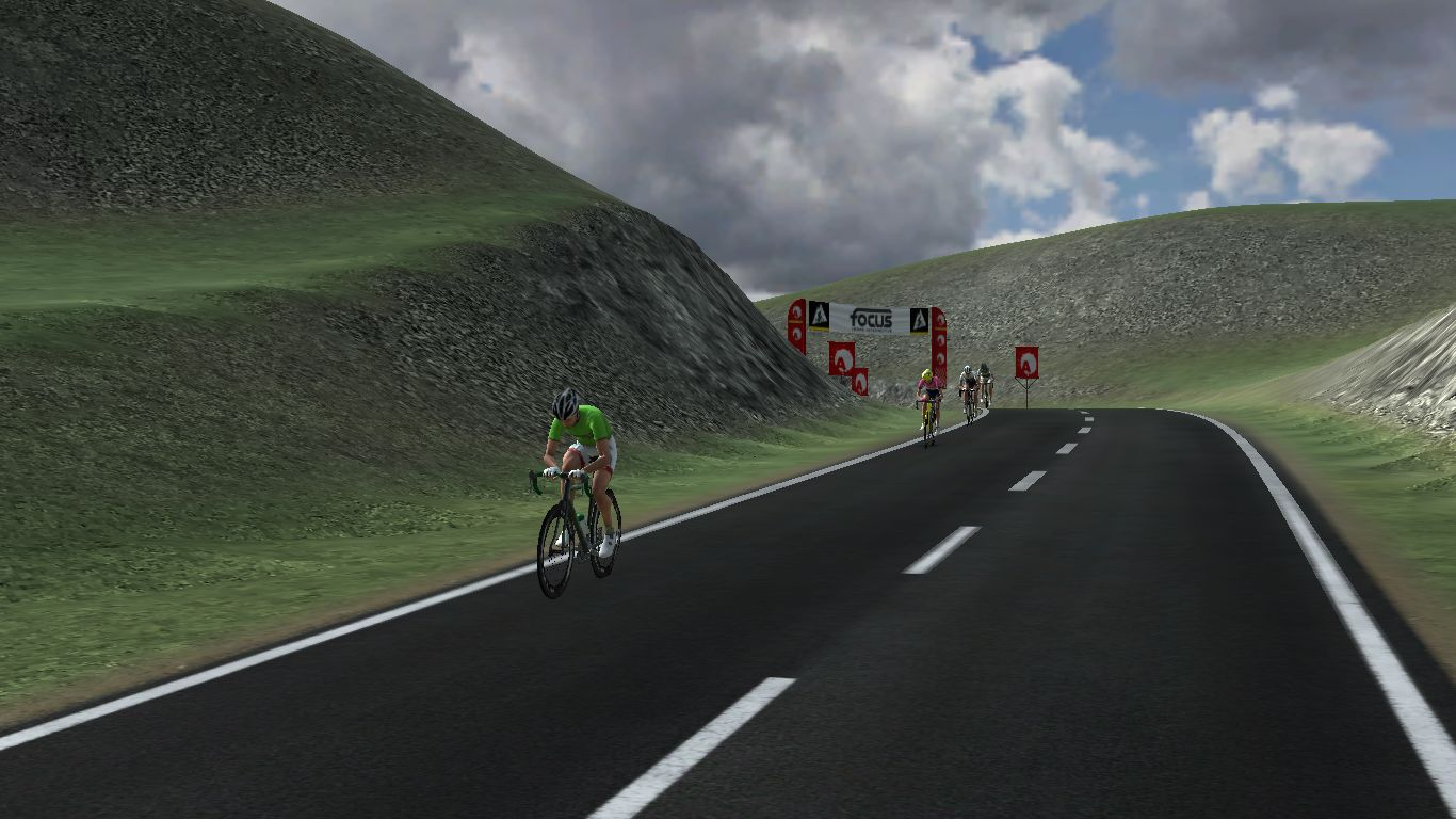 www.pcmdaily.com/images/mg/2019/Races/C2HC/Euskal/S2/11.jpg